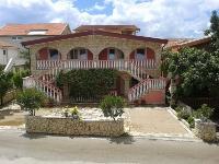 Apartmani uz plažu Vila Toni - Apartman za 4 osobe - Vir