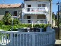 Appartements & Zimmer Tina - Studio Apartment für 2 Personen - Ferienwohnung Novi Vinodolski