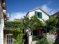 Traditional House Tea - Haus für 4+2 Personen - Pucisca