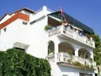Familien Appartements Kovačić - Apartment für 4+1 Person - Ferienwohnung Lokva Rogoznica