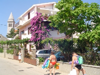 Summer Accommodation Ana - Apartment for 2+2 persons (A1) - Pakostane