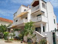 Appartement Haus Petković - Apartment für 2+2 Personen - Pirovac
