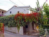 Appartements Familiales Ivan - Appartement pour 2+2 personnes - Okrug Gornji