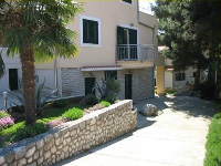 Appartements de Vacances Dino - Appartement pour 2+3 personnes - Appartements Brodarica