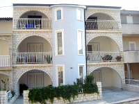Online Accommodation Josip - Studio apartment for 2 persons (5,7) - apartments makarska near sea