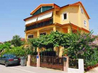 Accommodation Đurđe - Apartment for 2+2 persons (A1) - Houses Podgora