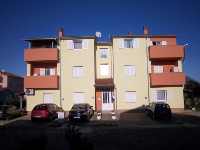 Apartman Štinjan - Appartement pour 3+3 personnes - Appartements Pula
