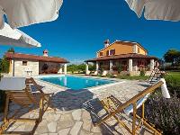 Luksuzna Vila Bacio - Luksuzna vila za 8 osoba - Vile Hrvatska