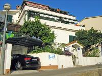 Smještaj Adria - Apartman za 4 osobe (1) - Apartmani Dol