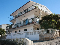 Sommer Appartements Ana - Apartment für 4 Personen-2 Etage (B2) - apartments trogir