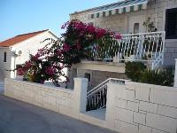Familien Appartement Matulić - Apartment für 4+2 Personen - Ferienwohnung Postira