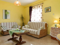 Apartman Petar - Apartment for 2+3 persons - Apartments Seget Donji