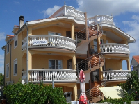 Online Apartman Buhić - Apartman za 2+2 osobe (A1, A2) - Vodice
