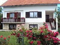 Tradicionalni Apartman Ivona - Apartman za 6 osoba - Jezera