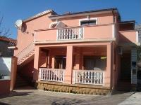 Apartmani za odmor Martina - Apartman za 7 osoba - Starigrad