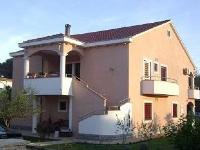 Obiteljski Apartmani Surić - Apartman za 4 osobe (B) - Privlaka